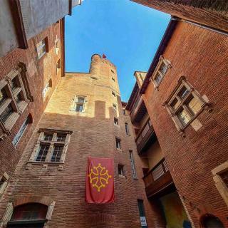 Décor pour votre tournage : la maison de l'Occitanie à Toulouse