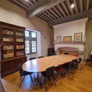 Décor pour votre tournage : salle de la maison de l'Occitanie