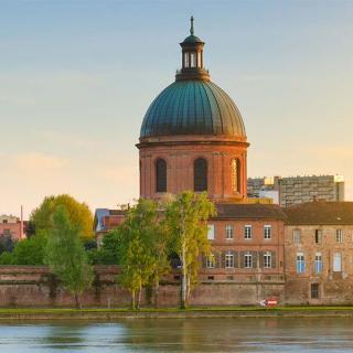 Décor pour votre tournage : le dôme de la Grave à Toulouse