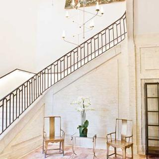 Décor tournage : le château de Drudas maison d'exception du 18ème, l'escalier