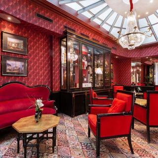 Décor pour votre tournage :salon avec verrière du Grand Hôtel de l'Opéra