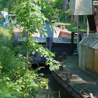 Décor pour votre tournage : les cales du Radoub, canal du Midi