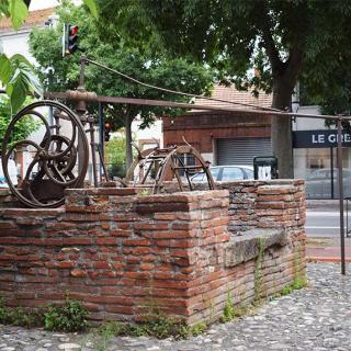 Décor pour votre tournage : le jardin Claude Nougaro, ancien moulin à eau