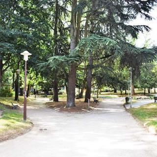 Décor pour votre tournage : le jardin de Rangueil à Toulouse