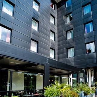 Décor pour votre tournage : l'hôtel Ibis Styles Cité de l'espace