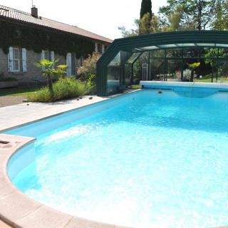 Décor pour votre tournage : la piscine