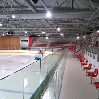 Décor pour votre tournage : vue intérieure patinoire