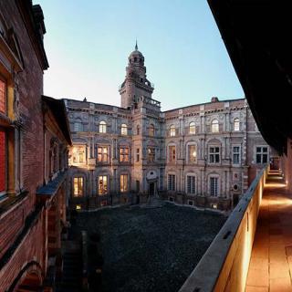 Décor pour votre tournage : l'hôtel d'Assézat © Ville de Toulouse - P. Nin
