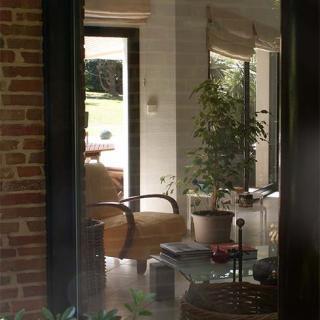 Décor pour votre tournage - maison avec piscine