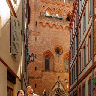 Décor pour votre tournage : façade de l'église du Taur