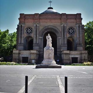 Décor pour votre tournage : l'église Saint-Aubin