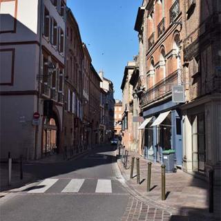 Décor pour votre tournage : la rue Croix-Baragnon