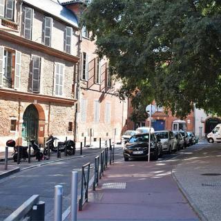 Décor pour votre tournage : le quartier de la Dalbade à Toulouse