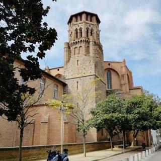 Décor pour votre tournage : la rue des Arts, clocher du musée des Augustins