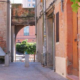 Décor pout votre tournage : rue de l'Ouest à Toulouse