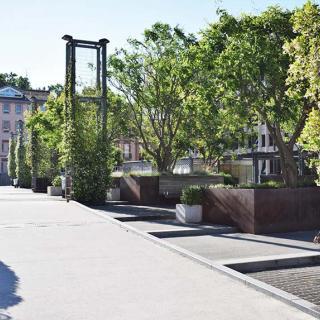 Décor pour votre tournage : la place Occitane à Toulouse