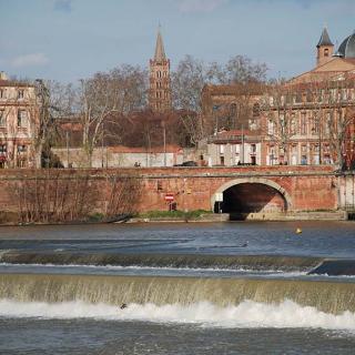 Décor pour votre tournage : vue sur Toulouse et la Garonne