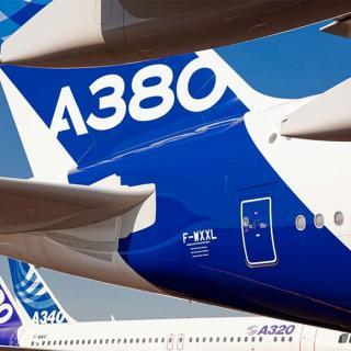 Décor pour votre tournage : avion Airbus A380