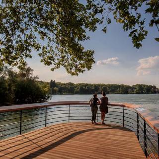 Décor pour votre tournage : la Garonne et l'île du Ramier à Toulouse © P.Nin - Ville de Toulouse