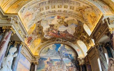 Décor pour votre tournage : la salle des Illustres au Capitole