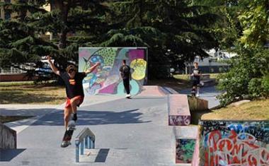 Décor pour votre tournage : skate park des Ponts-Jumeaux à Toulouse