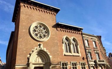Décor pour votre tournage : le temple du Salin à Toulouse